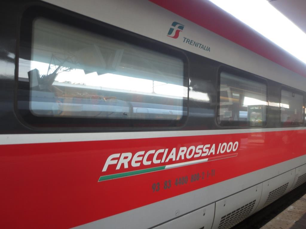 F1000
