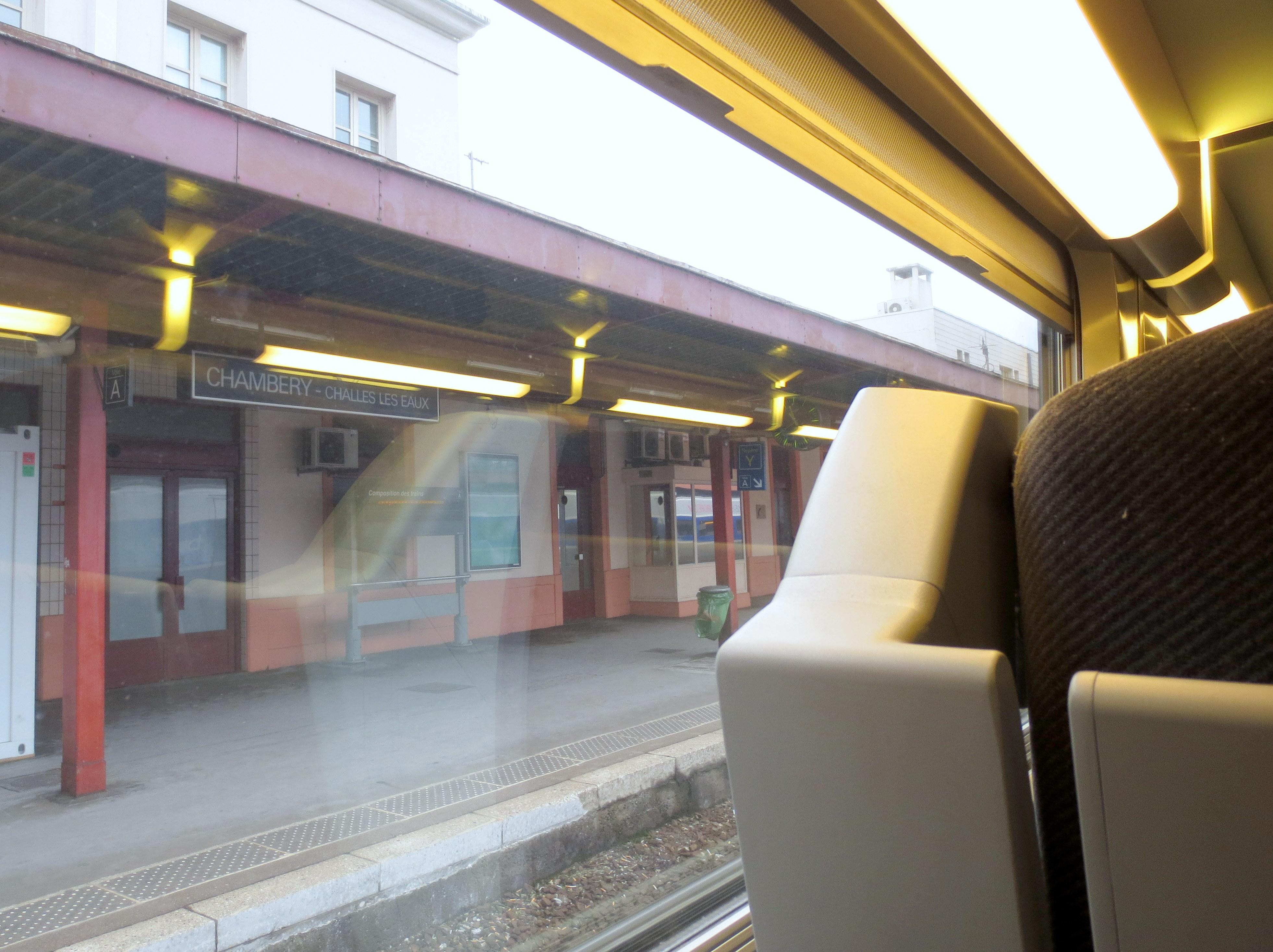 TGV inside