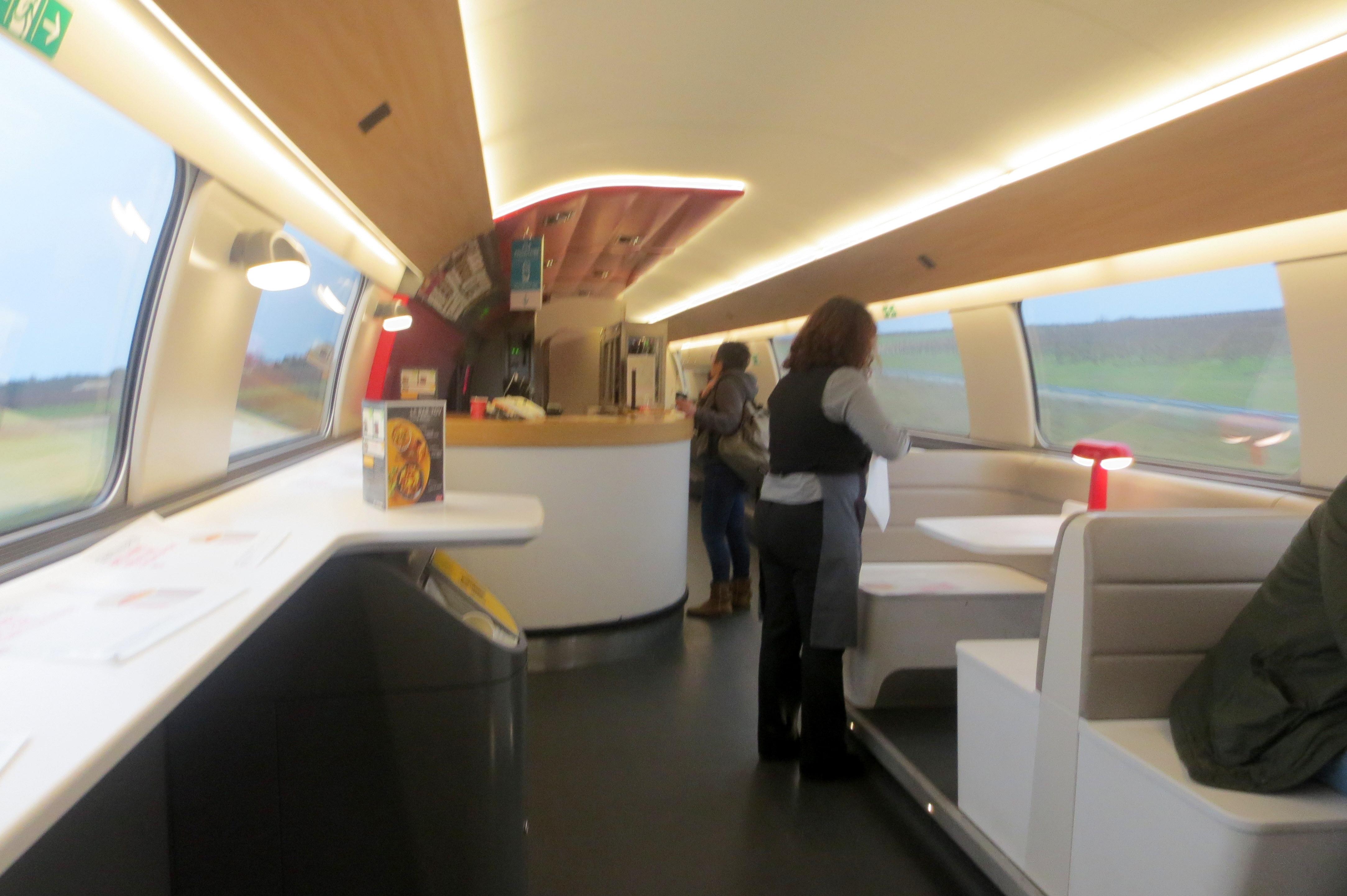 TGV-INOUI BAR